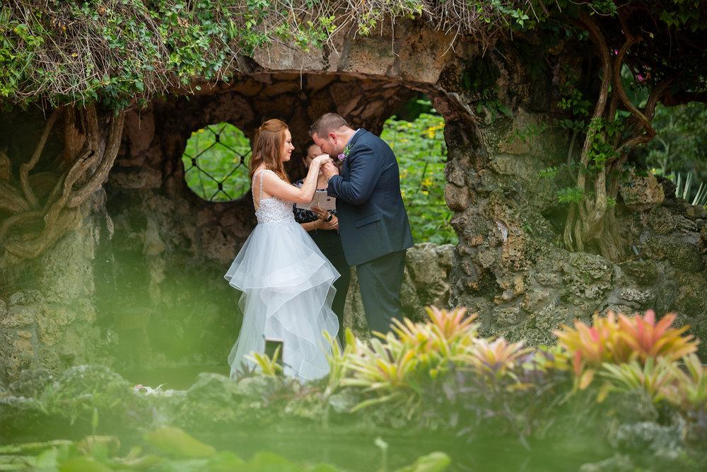 miami-elopement-photographer.jpg