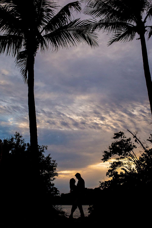 Jupiter-beach-engagement-photographer.jpg
