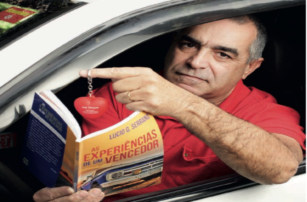 Top Sao Paulo citizen: the story of Lucio Serrano, who held more than 400 donations of blood and platelets in the capital hospitals.