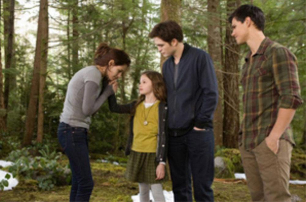 Bronze key: a review on the last movie of the Twilight saga - Breaking Dawn part 2.