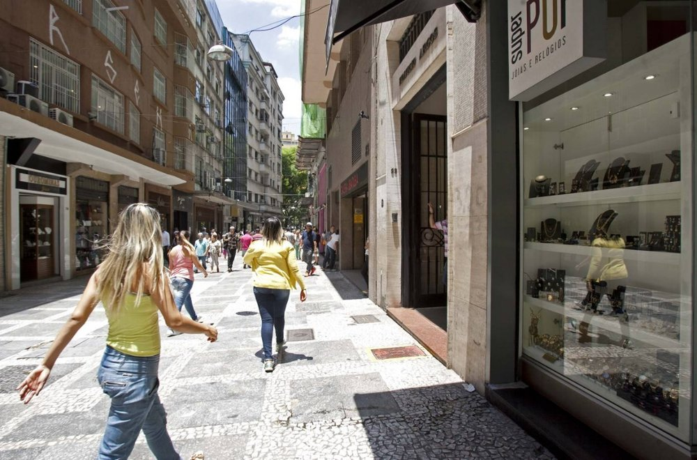 The ten must-see shops to visit in Rua do Ouro: Check out the establishments on Barão de Paranapiacaba street to buy low-price jewelry