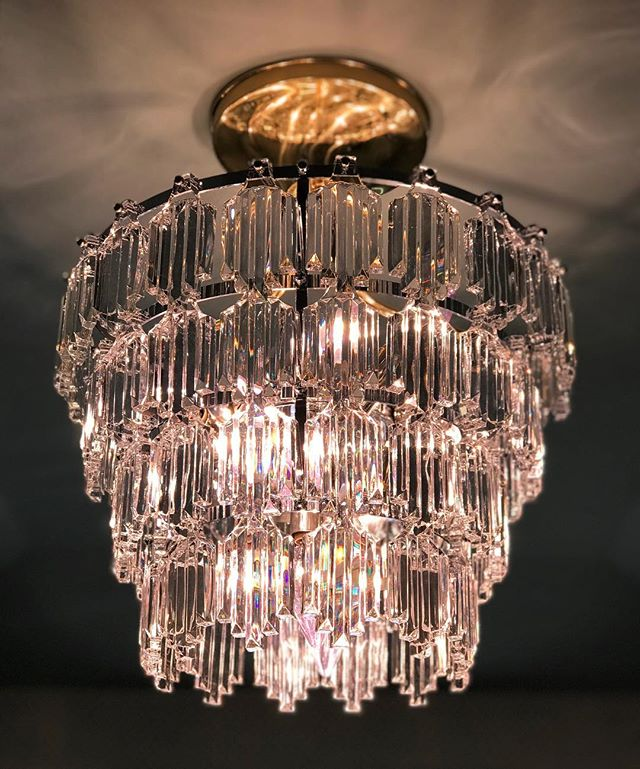 """Thank You @remainslighting for allowing our Atelier to incorporate your lighting fixtures in our designs of The Upper Hallway & The Linen Closet for this year's @pasadenashowcasehouse . As we all know, lighting is so important in design and is the jewelry of our space. We are so excited for """"lights on"""" at the showcase opening this Sunday @descansogardens . . . . . #atelierkla #pasadenashowcasehouse #boddyhouse #pasadenashowcasehouse2019 #remainslighting #lightfixtures #vintagelighting #interiordesigner #interiors #instagood #lifeofadesigner #california #descansogardens #lighting #ladesigner"""