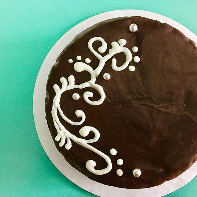 Flourless Chocolate Torte - This super dense, decadent cake is perfect for anyone with gluten sensitivities. Our darkest chocolate is baked in a thick, truffle like cake with a thick slather of dark chocolate ganache. Small (Serves 8-10) 30.00 Large (Serves 12-16) 45.00