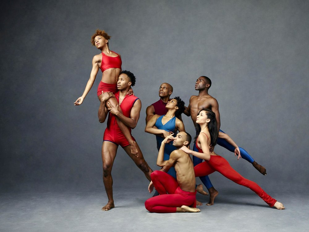 <strong> Alvin Ailey Dance Theatre</strong>