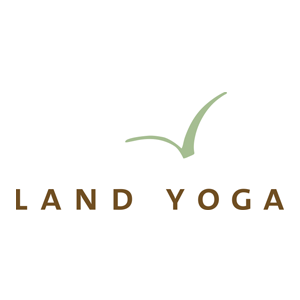 <strong>Land Yoga</strong><br> Lara Land
