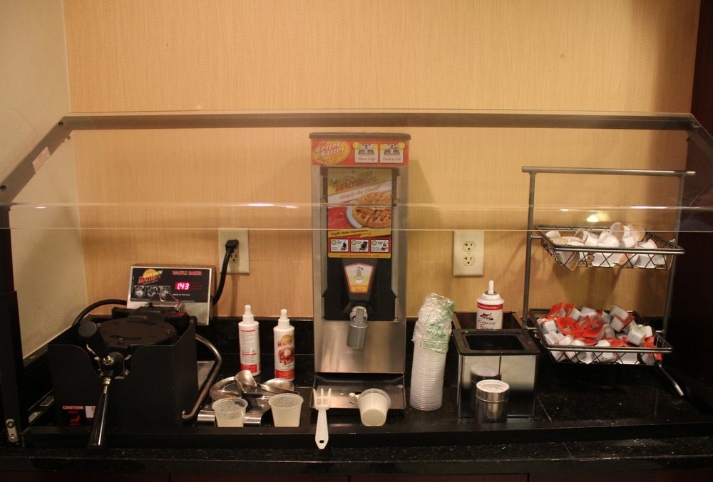 SpringHill Suites Charlotte Airport – Waffle station