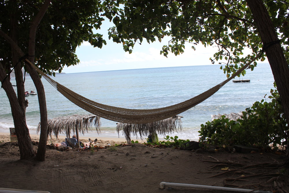South Friar's Bay – Shipwreck Beach Bar hammock