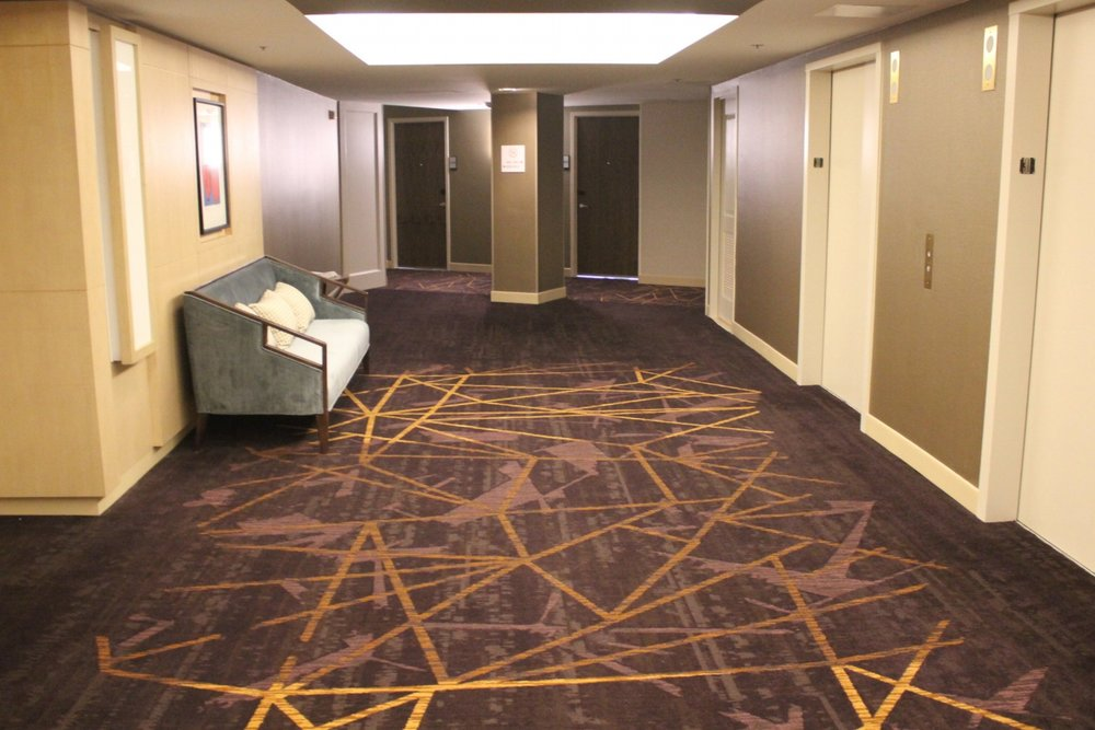 Sheraton Seattle – Hallway