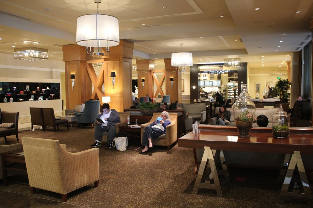 Sheraton Seattle – Lobby