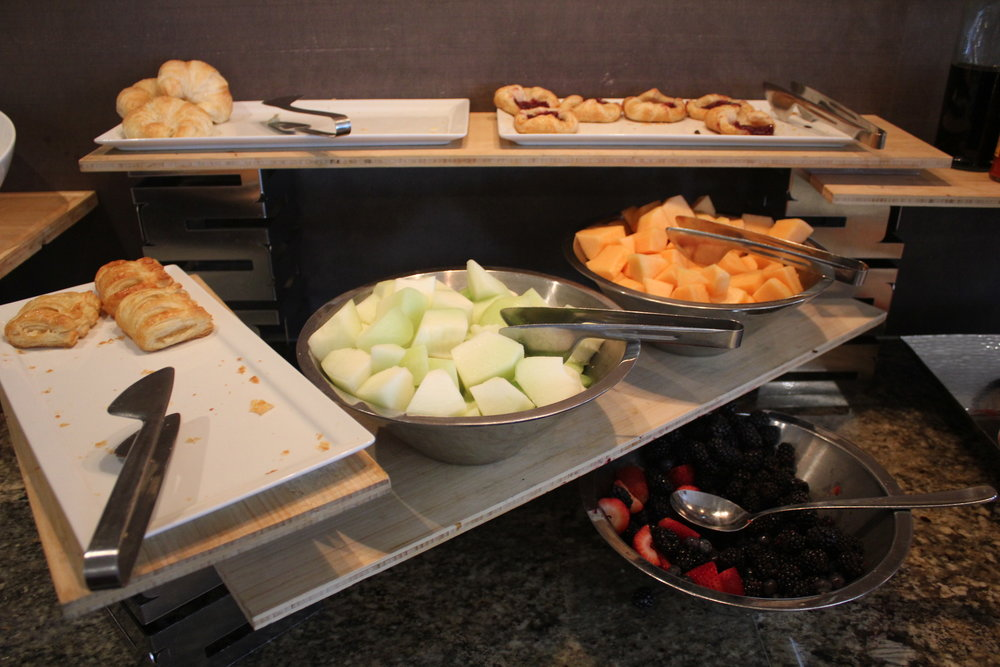 Sheraton Seattle – Sheraton Club Lounge breakfast spread