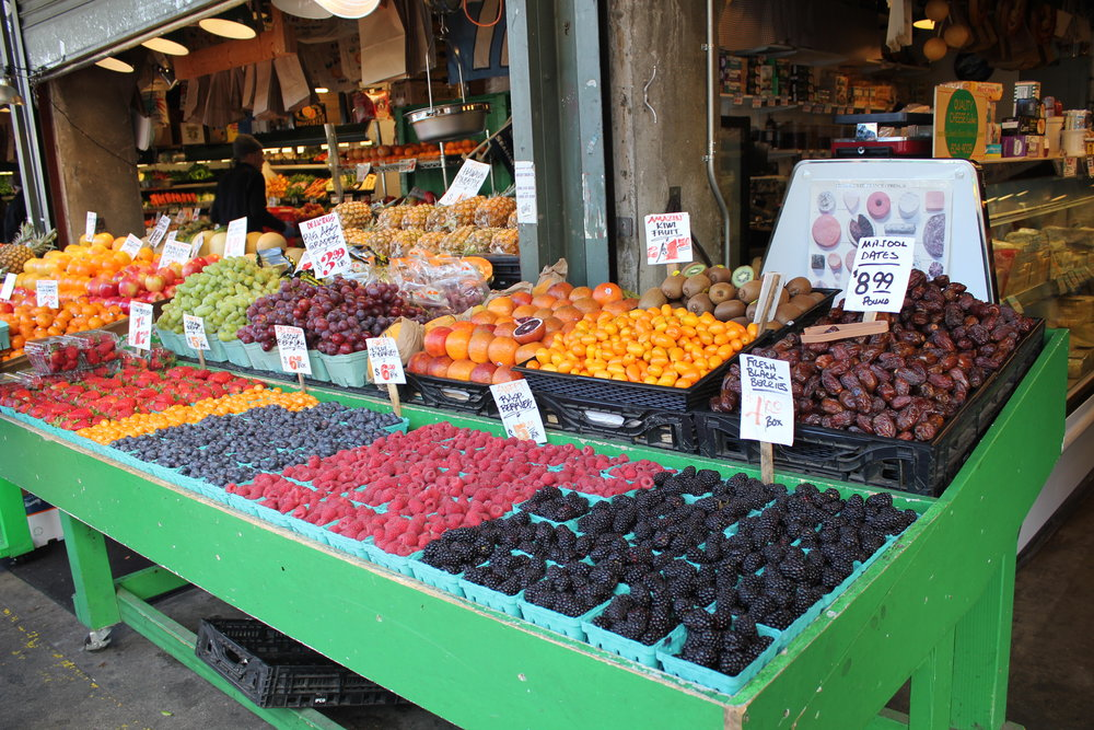 Pike Place Market – Fresh fruit