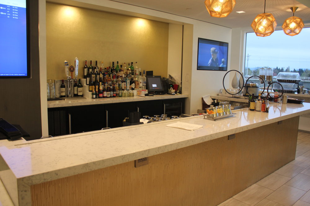 United Club Seattle – Bar
