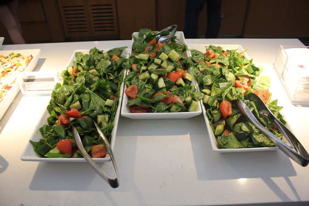 Air Canada Maple Leaf Lounge Toronto (International) – Food spread