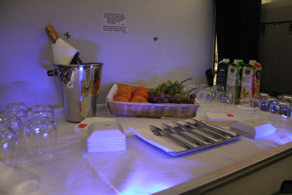 Brussels Airlines business class – Self-serve spread