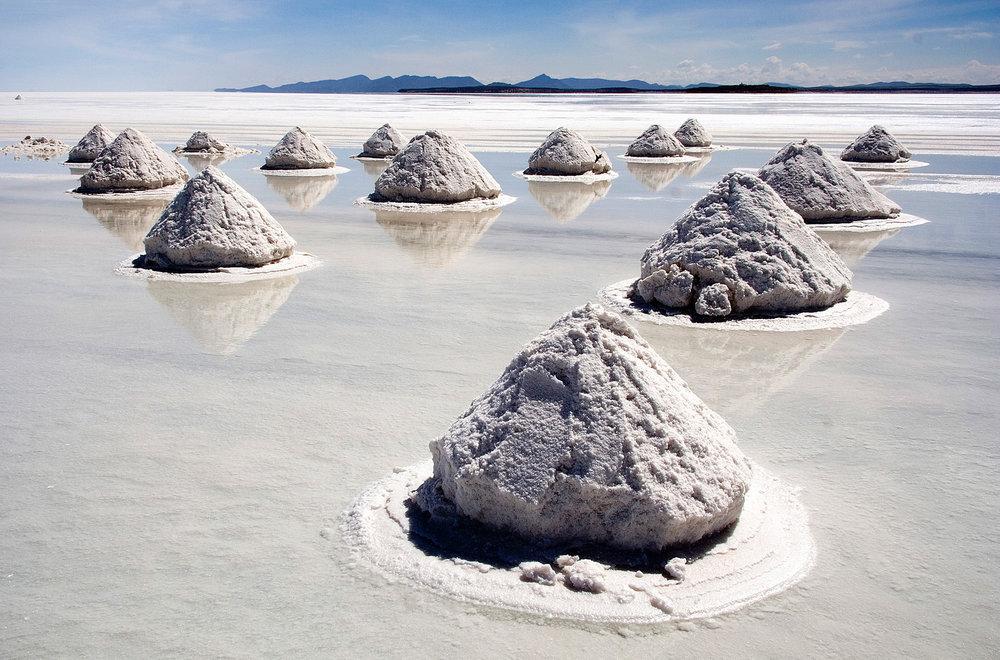 Salar de Uyuni – Salt piles