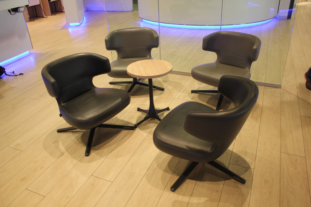 The Loft by Brussels Airlines – Coffee table seating