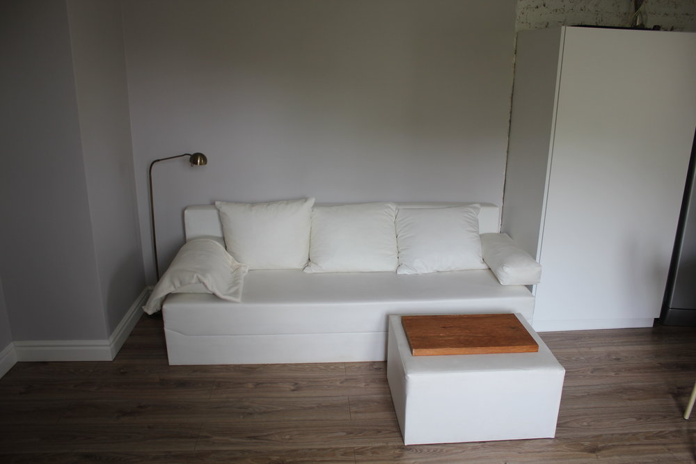 Apartament na Mariensztacie – Couch