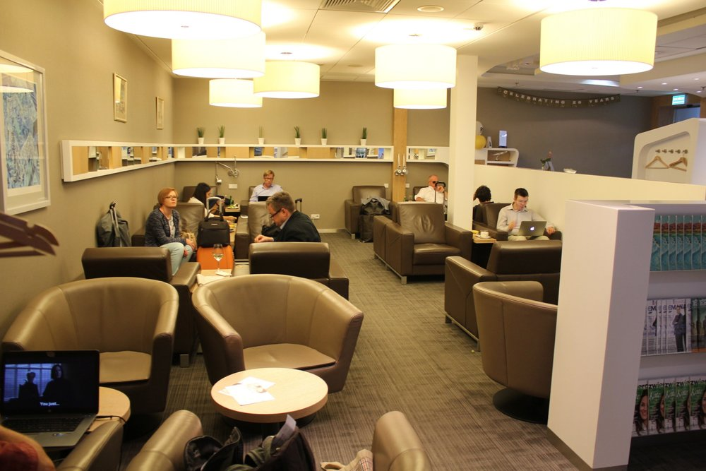 LOT Business Lounge Warsaw – Elite Club seating area