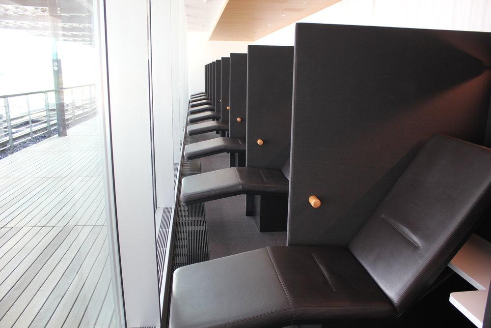 Swiss Senator Lounge Zurich – Rest area