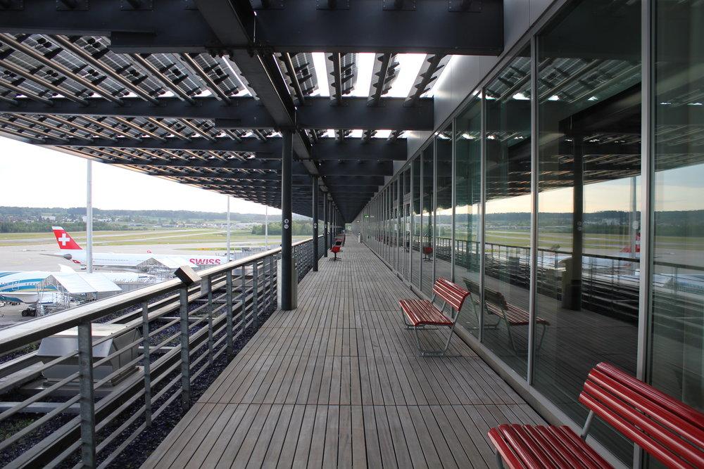 Swiss Senator Lounge Zurich – Terrace