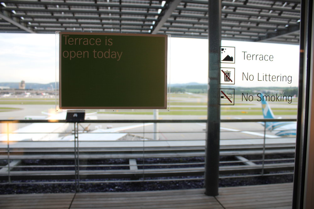 Swiss Senator Lounge Zurich – Terrace sign