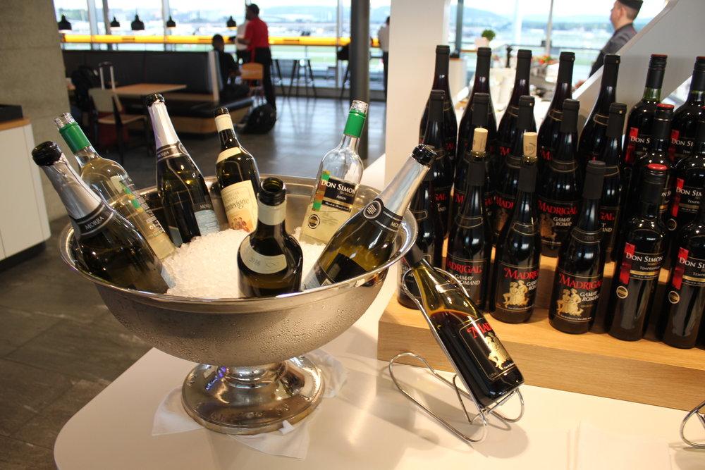 Swiss Business Lounge Zurich – Premium wines
