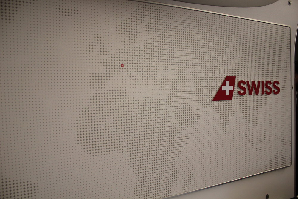 Swiss 777 business class – Backdrop