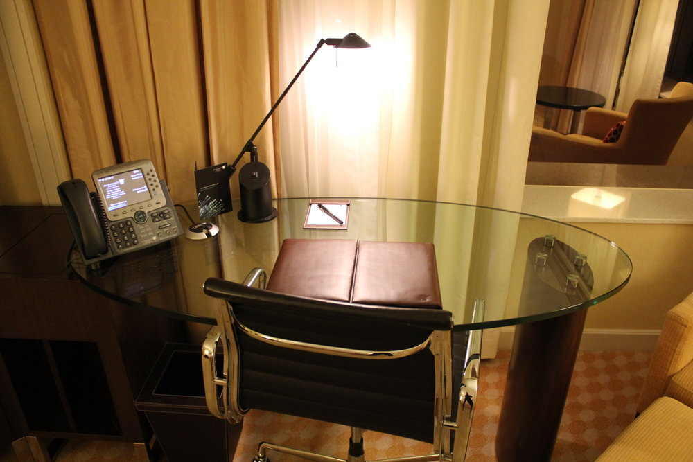 JW Marriott Hong Kong – Desk