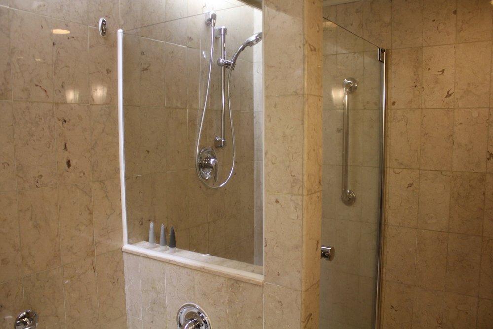JW Marriott Hong Kong – Shower