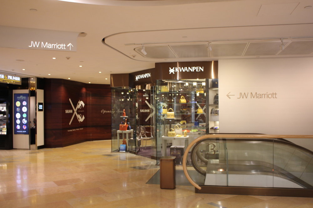 JW Marriott Hong Kong – Signs in Pacific Place