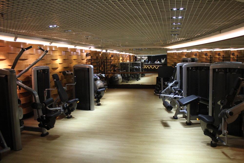 JW Marriott Hong Kong – Health Club fitness equipment