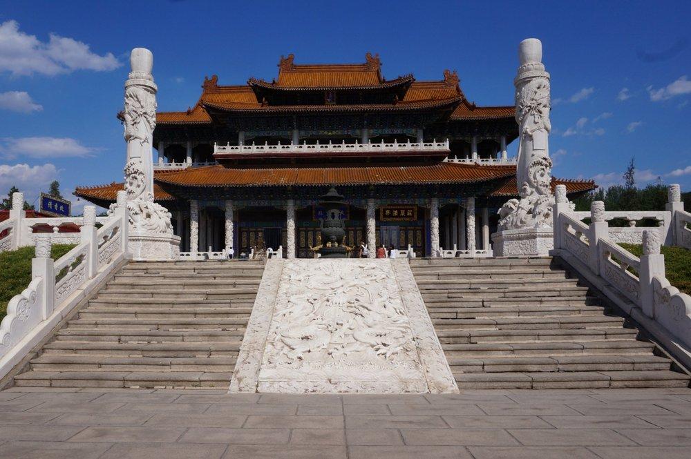 Jade Buddha Palace – Main temple exterior