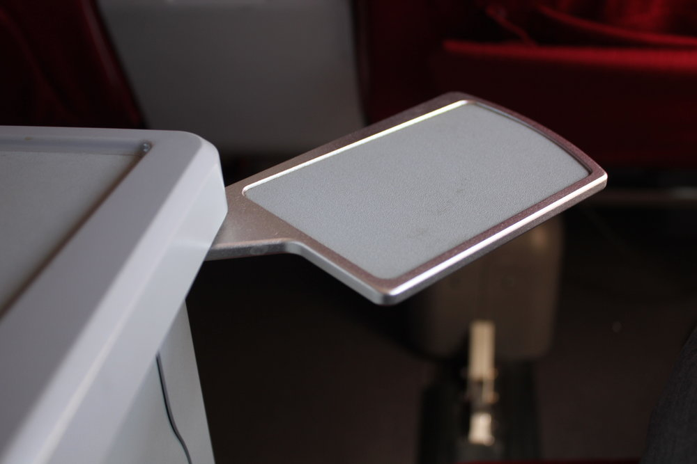 Shenzhen Airlines business class – Mini tray