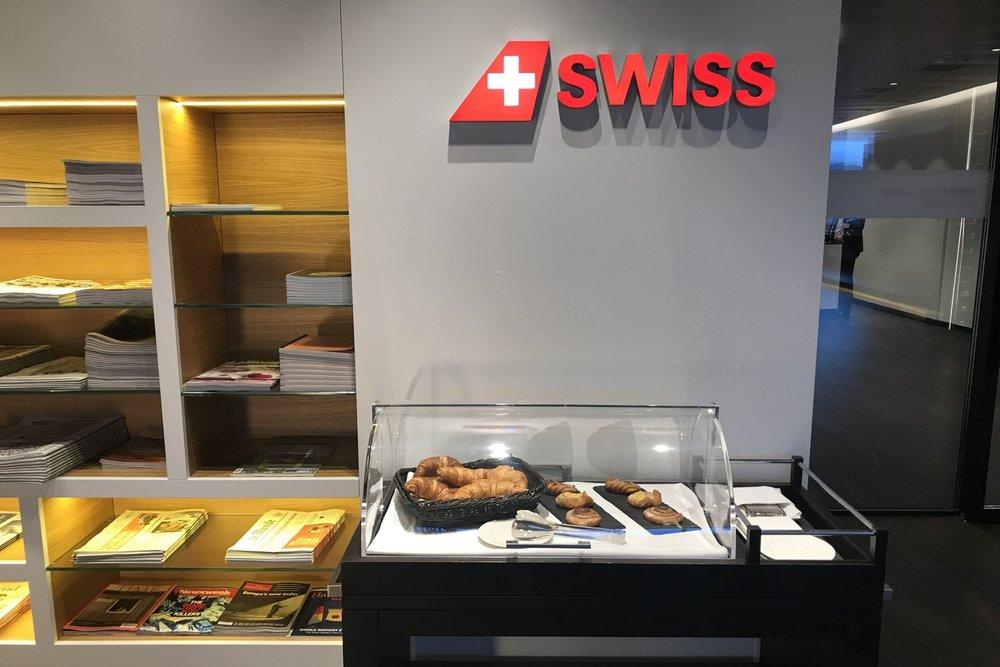 Swiss First Class Lounge Zurich – Pastry cart