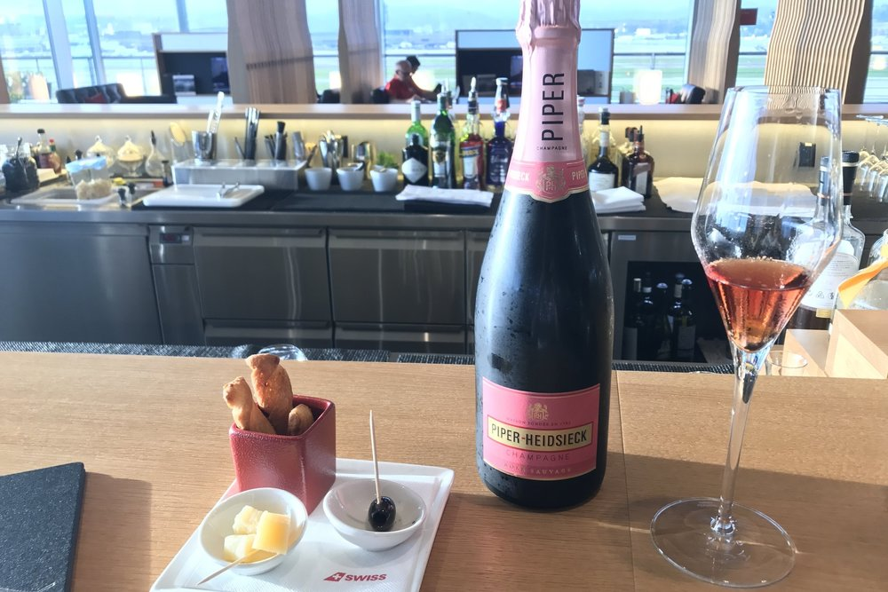 Swiss First Class Lounge Zurich – Piper-Heidsieck Rose Sauvage