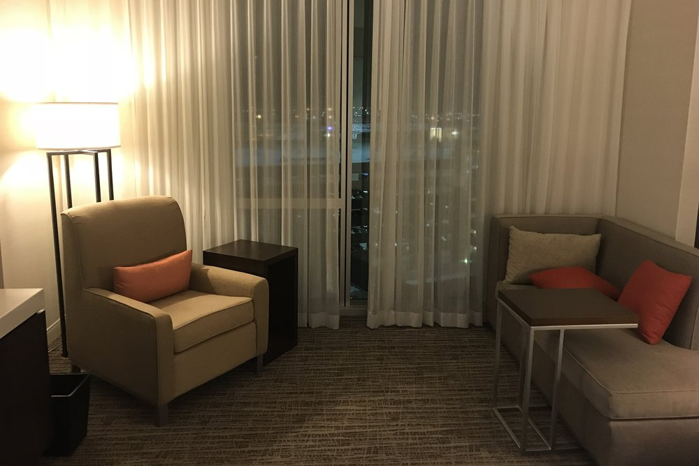 Marriott In-Terminal Hotel Calgary Airport – Room