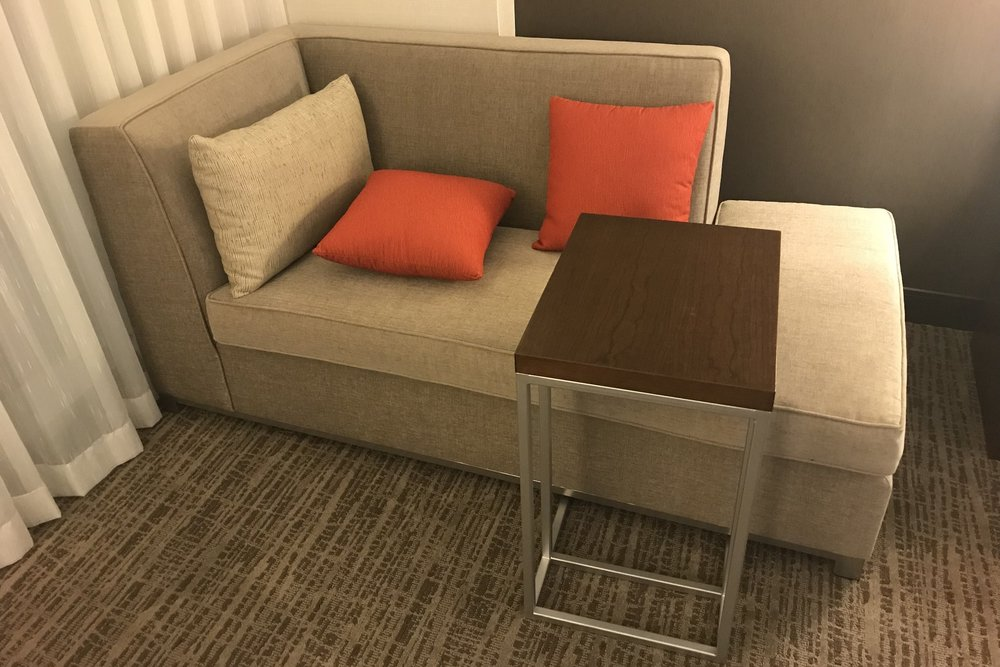 Marriott In-Terminal Hotel Calgary Airport – Daybed