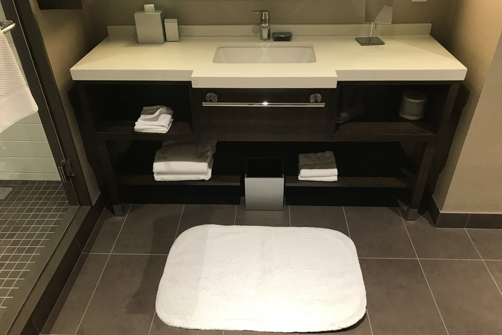 Marriott In-Terminal Hotel Calgary Airport – Sink