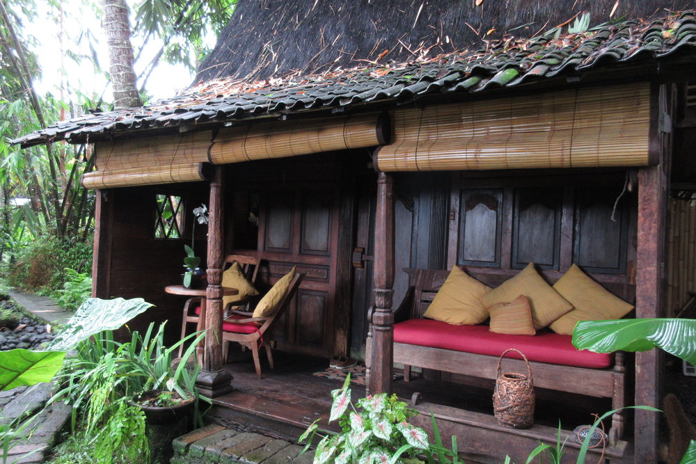 Udang House, Bambu Indah