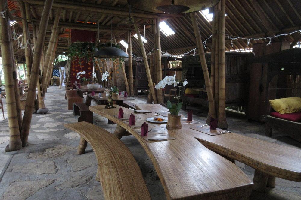 Bambu Indah Ubud – Dapoer restaurant