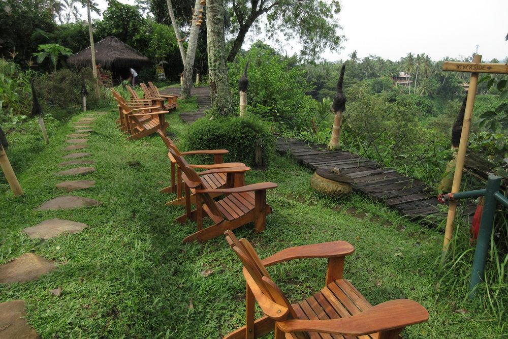 Bambu Indah Ubud – Deck chairs