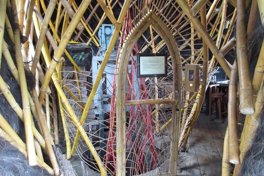 Bambu Indah Ubud – Bamboo elevator