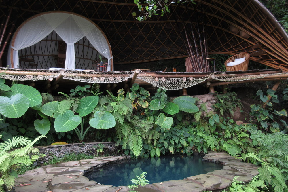 Bambu Indah Ubud – Moon House and pool