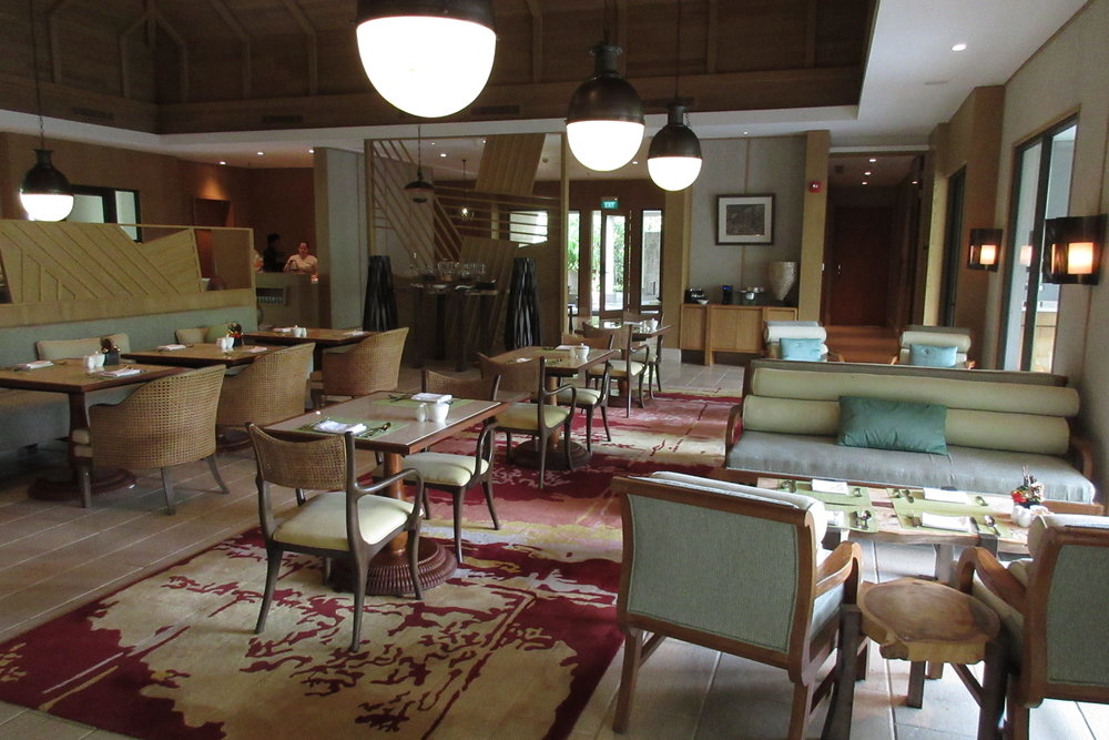 The Ritz-Carlton, Bali – Club dining area