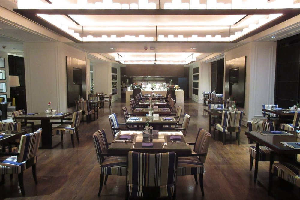 JW Marriott Bangkok – Club Lounge seating area