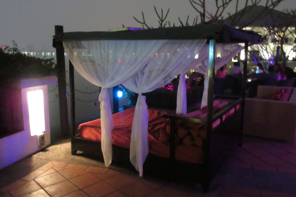 InterContinental Hanoi Westlake – Sunset Bar patio