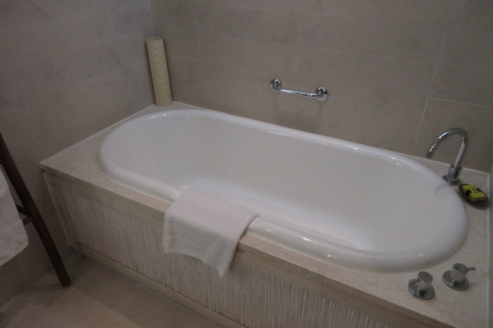 InterContinental Hanoi Westlake – Bathtub