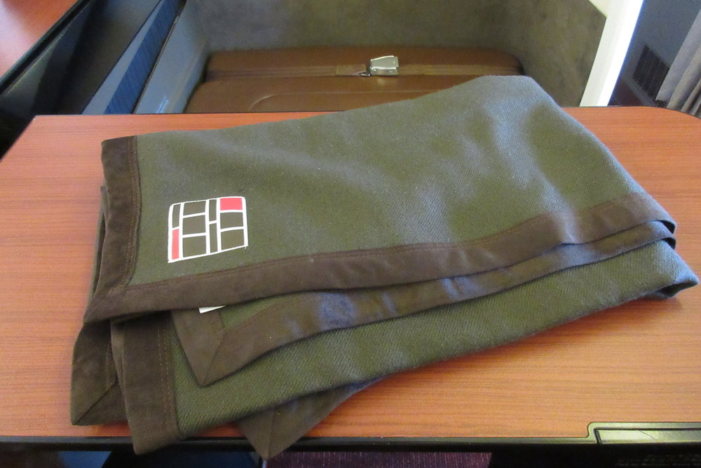 Japan Airlines First Class – Blanket