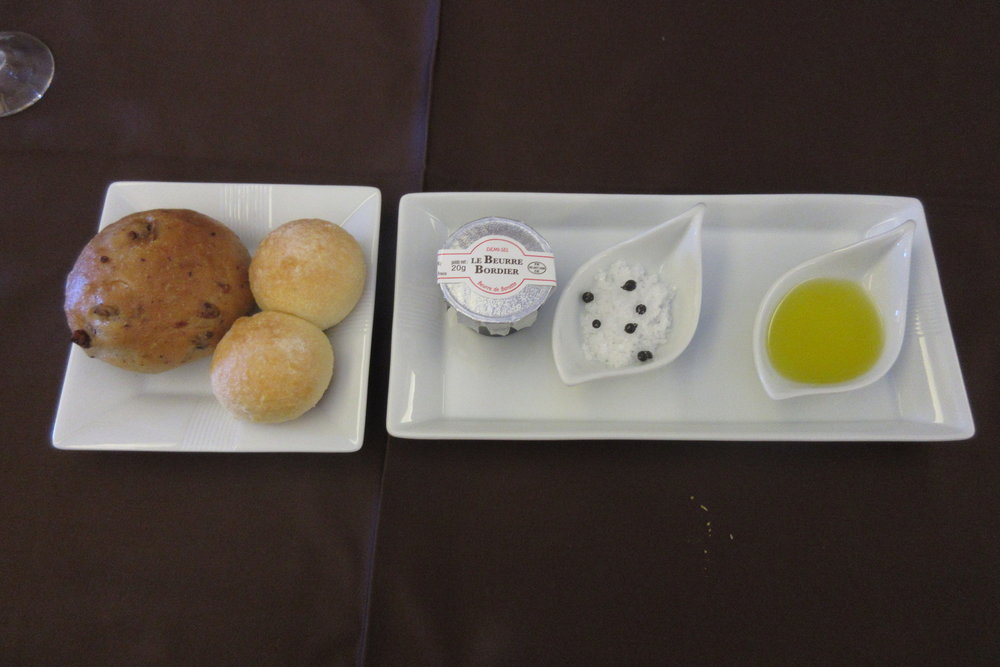 Japan Airlines First Class – Bread