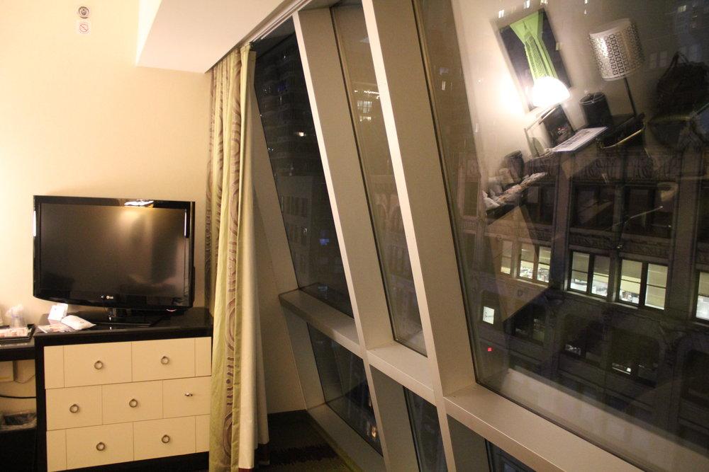 Best Western Premier New York Herald Square – Floor-to-ceiling windows